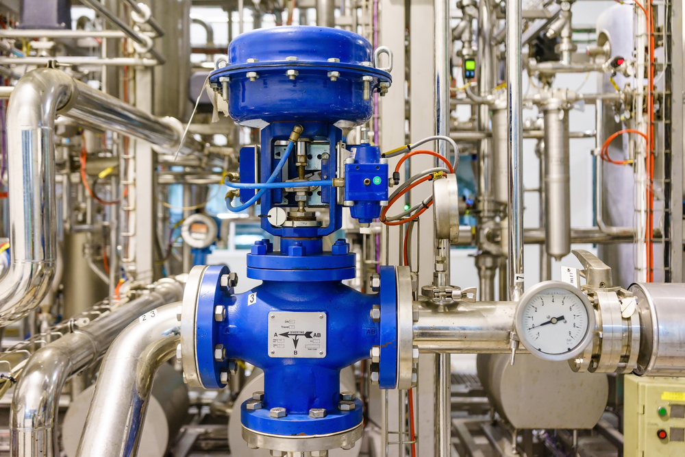 Soupape de commande pneumatique dans un systeme de chauffage a vapeur