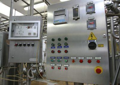 systeme de controle industriel dans une usine laitiere moderne